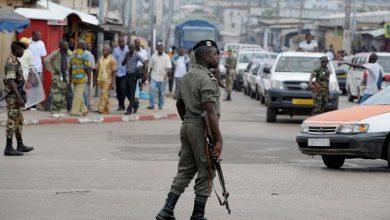 عسكريون في أحد شوارع الغابون -(أرشيفية)