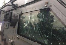مركبة أمنية تعرضت لأضرار