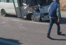 14 إصابة بانقلاب حافلة في عين الباشا