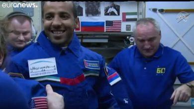 مقطع من فيديو يظهر فيه رائد الفضاء الإماراتي المنصوري الذي أصبح أول عربي يصل محطة الفضاء الدولية (أورو نيوز).JPG