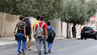 هل يعود طلبة المدارس الحكومية إلى صفوفهم غدا؟ - تصوير: اسامة الرفاعي