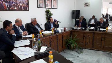 وزير الثقافة والشباب محمد أبو رمان يتحدث في الحفل الذي نظمته مؤسسة اعمار اربد في حدائق الملك عبدالله باربد اليوم (الغد)