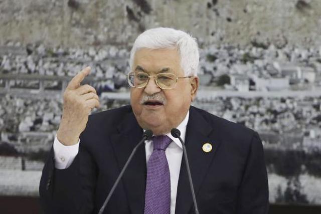 عباس لرئيس الاحتلال: ضرورة تحقيق التهدئة الشاملة في غزة والضفة والقدس