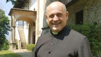 جيوسيبي بيرارديلي الكاهن الرئيسي في بلدة كاسنيجو توفي الأسبوع الماضي في مستشفى لوفيري.