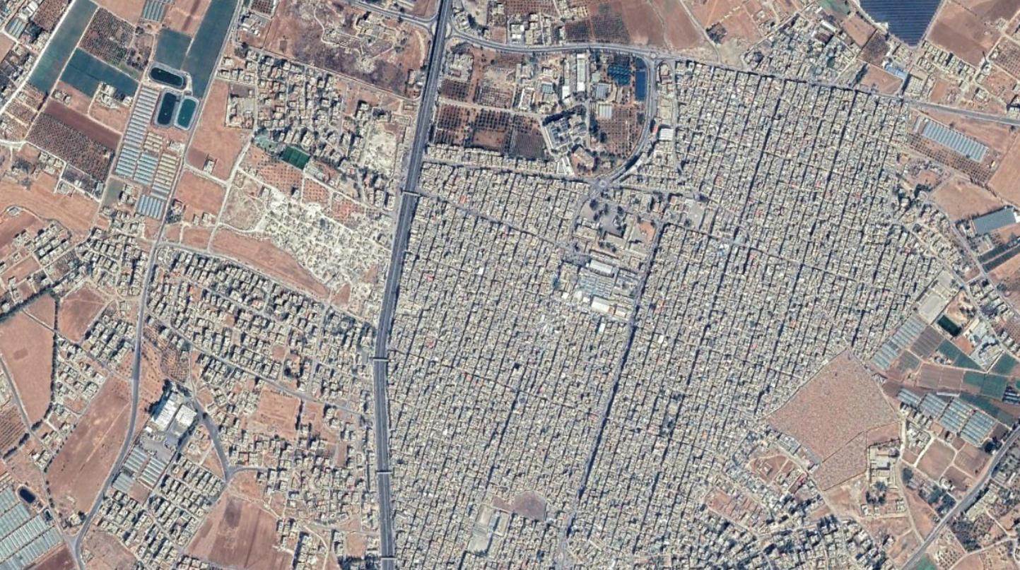 مخيم البقعة ذو الكثافة السكانية العالية، والواقع شمال عمان