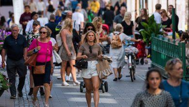 نادرا ما يرتدي السويديون الكماممة - ا ف ب