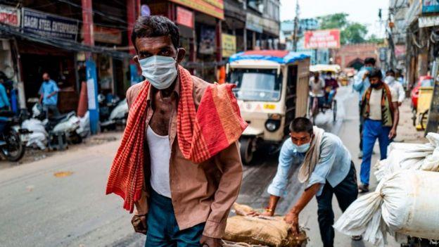 الهند لديها الآن أكبر عدد من الحالات المؤكدة اليومية في العالم
